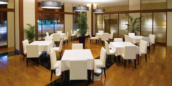 記念日におすすめのレストラン・テラスレストラン・ローズの写真1