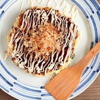 ステーキや粉物まで、豊富な鉄板焼き