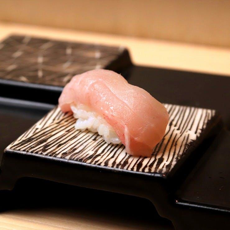横浜産を中心に厳選した魚介をお揃えしております