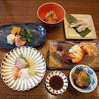 こだわりのお料理と日本酒