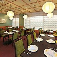 お客様の用途・場面に応じた利用が可能なテーブル席・個室をご用意しております