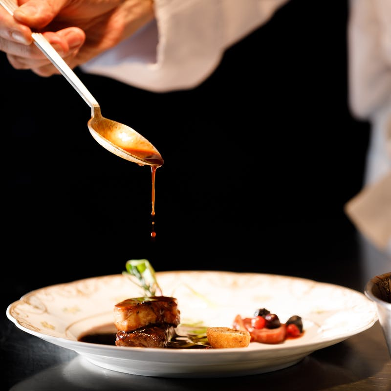 【le chef vous confie 】厳選食材を使用した、彩り鮮やかな店主おまかせコース