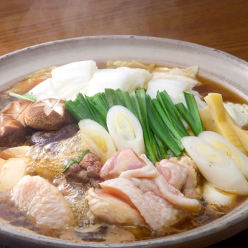【地鶏のすき焼きうのあんコース】大和肉鶏のすき焼きなど全5品(550円追加で個室に変更可能)