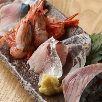 【海コース】旬食材と名物料理の数々を愉しむ定番コース+2.5時間飲み放題
