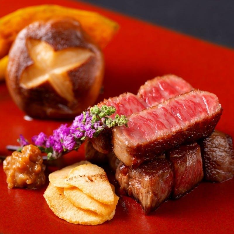 【Bコース】オードブル、神戸牛スープ、デザートなど全5品(プレミアム神戸牛極上赤身120g)