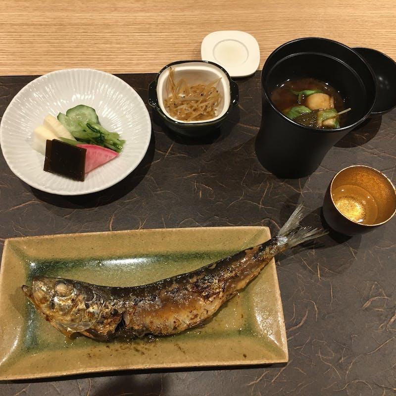 【利休(りきゅう)】季節のお料理 全8品
