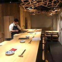 和歌山の木材を使用した店内