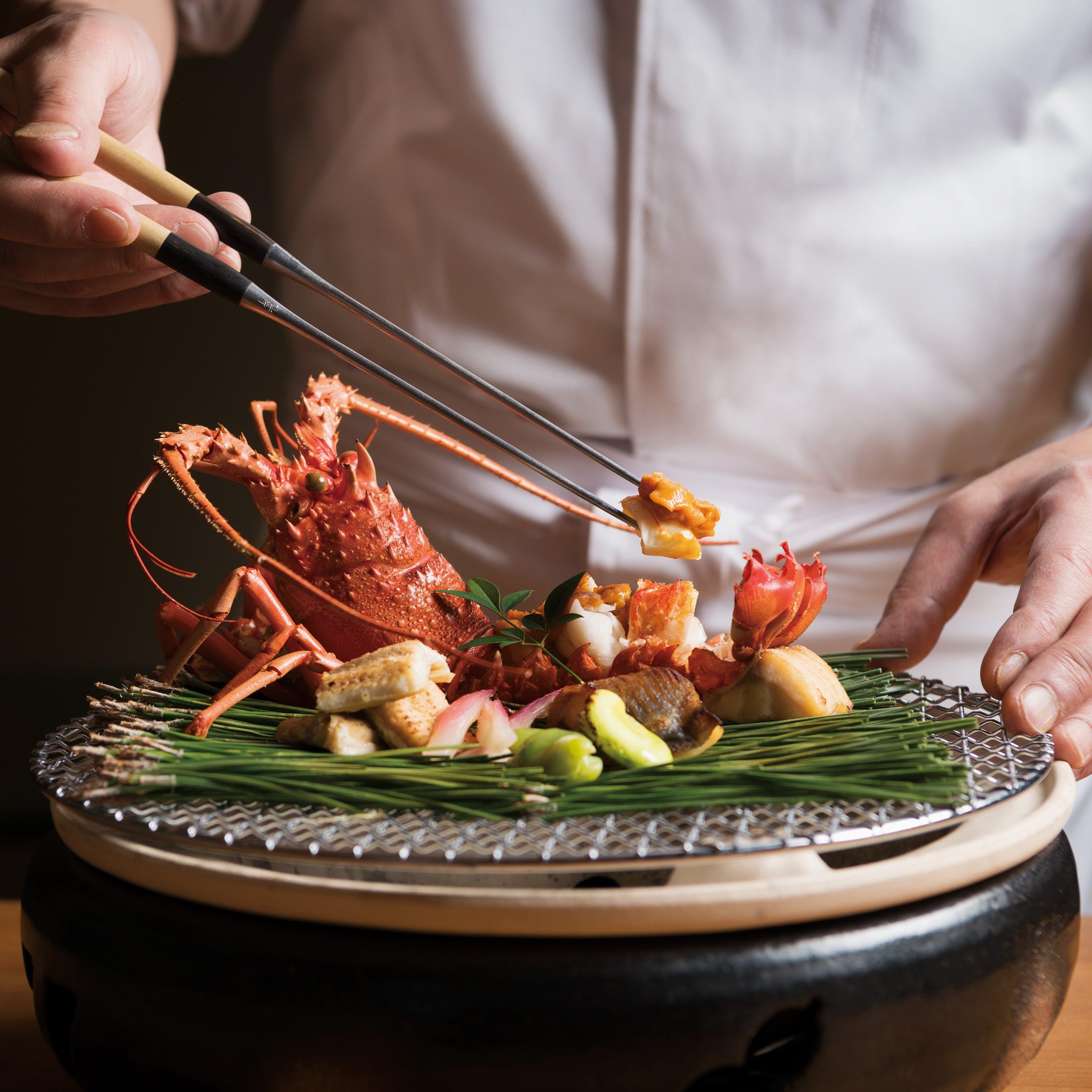 日本の美しい季節の色彩豊かなお料理