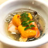 羽田市場で取り寄せる旬の鮮魚を地酒とともに