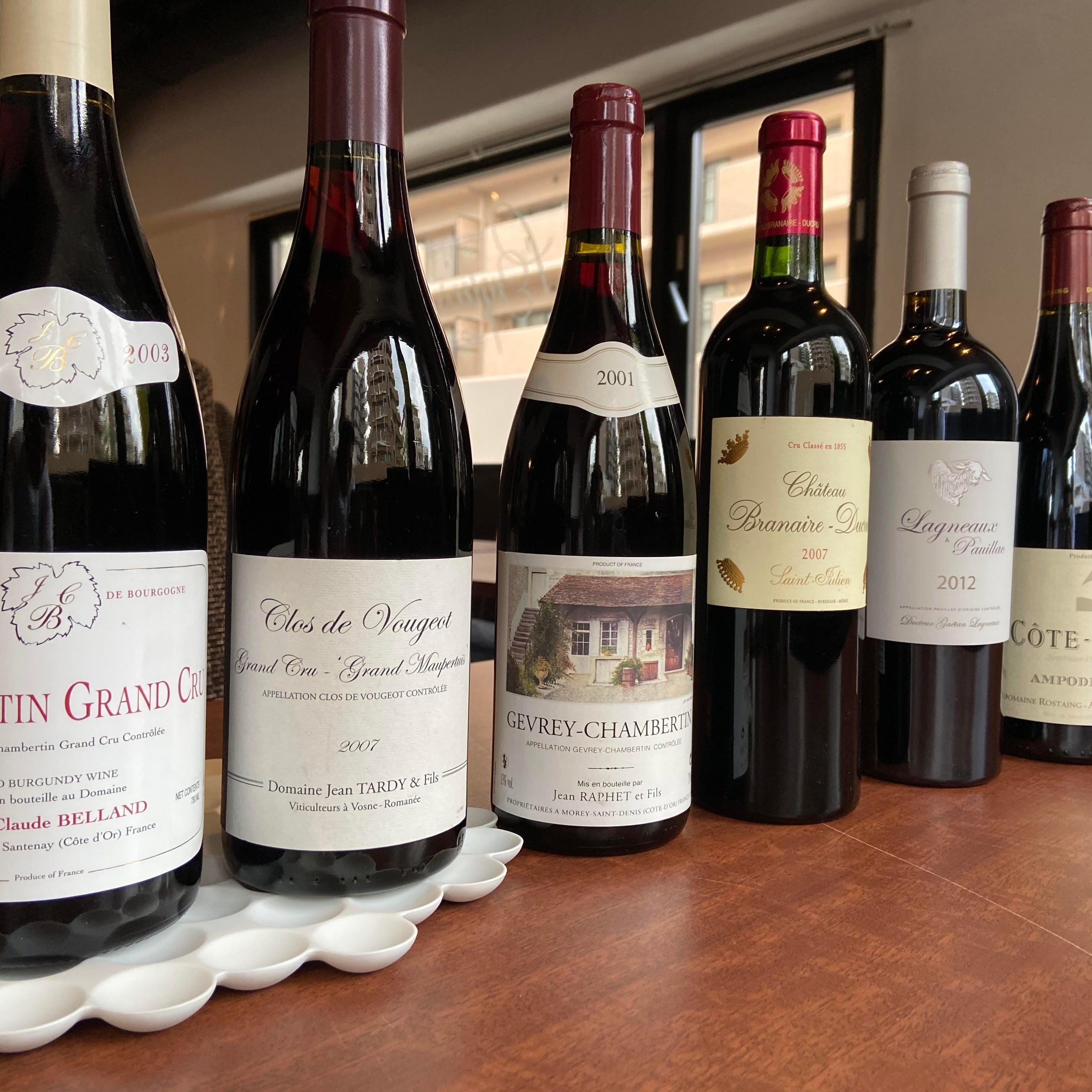 自然派中心にセレクトした豊富なワイン