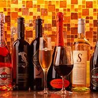 ワインにサングリアなど豊富なドリンクメニュー