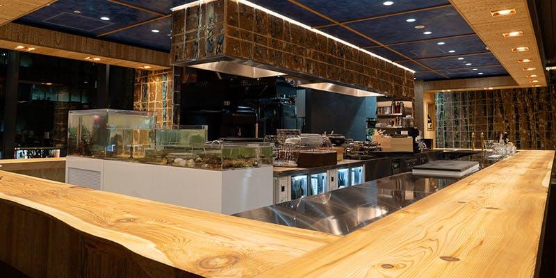 記念日におすすめのレストラン・割烹炉端 八喜多賀 博多駅前店 の写真1