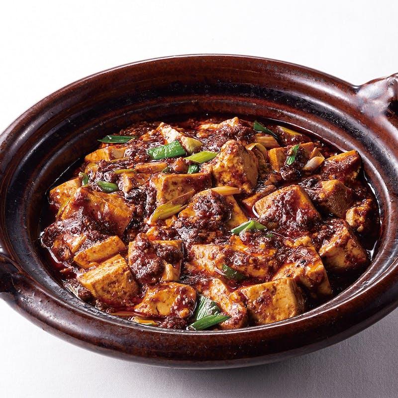辛さの中にも旨みが広がる過門香重慶式麻婆豆腐セット+自慢のジャンボ餃子3個+選べる1ドリンクサービス