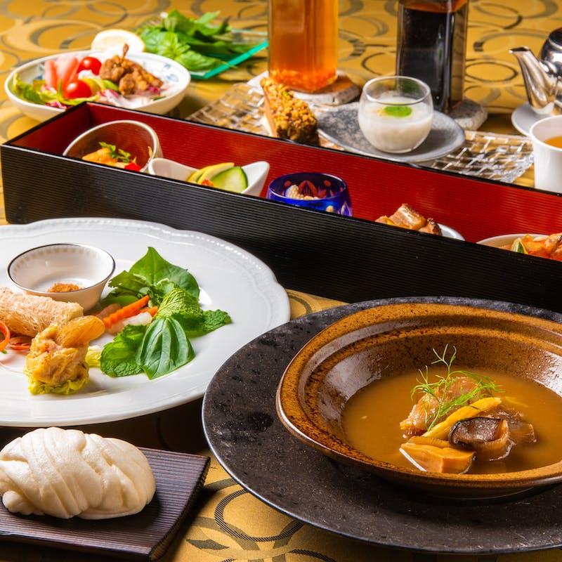 【フカヒレ御膳】前菜5種・吉切鮫フカヒレ煮込・フカヒレ焼売・中国茶等