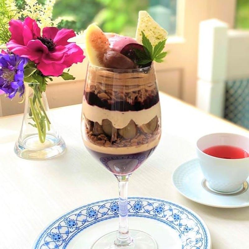 【秋の収穫祭パフェ】コーヒー又は紅茶又はハーブティー付き