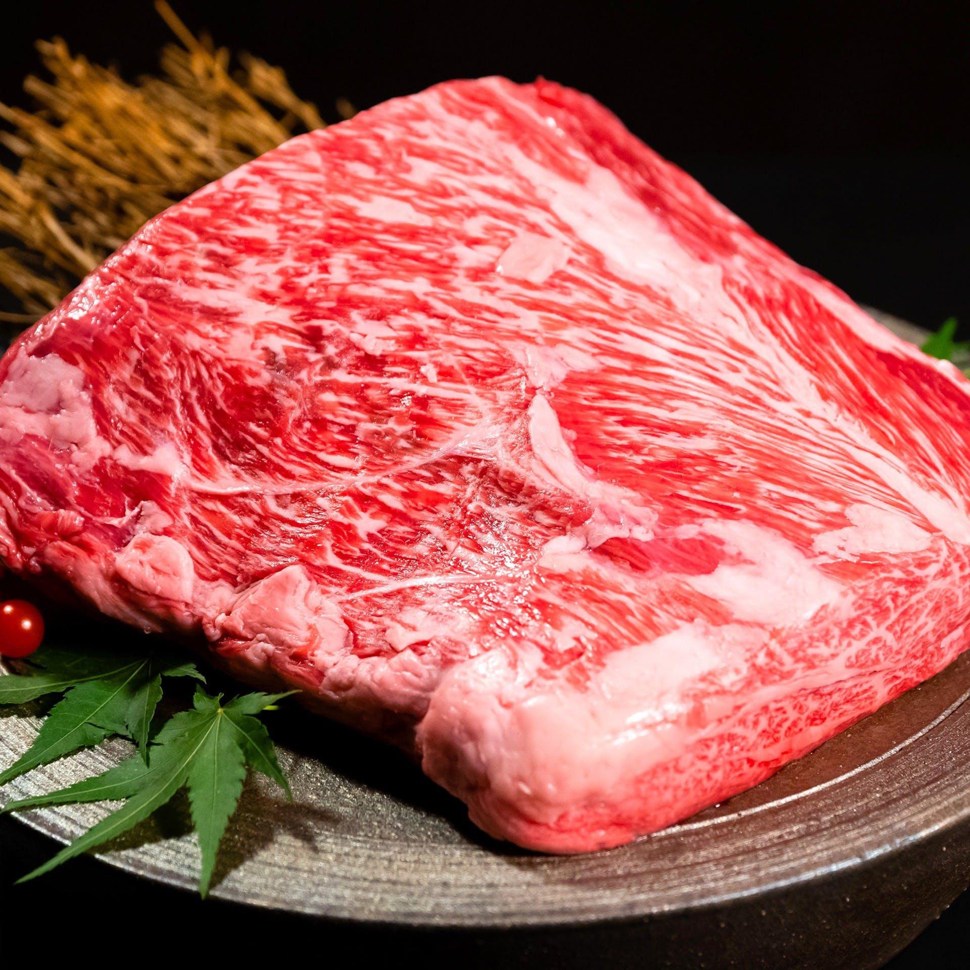 厳選A5神戸牛使用の肉割烹料理