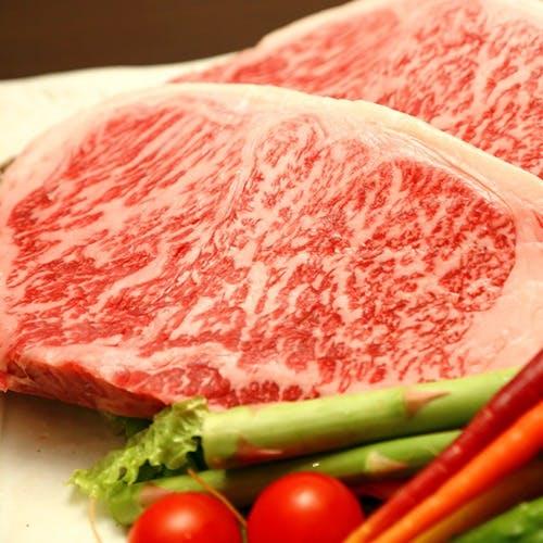 全国の銘柄肉と埼玉を中心に各地から仕入れる有機野菜を使用した肉割烹
