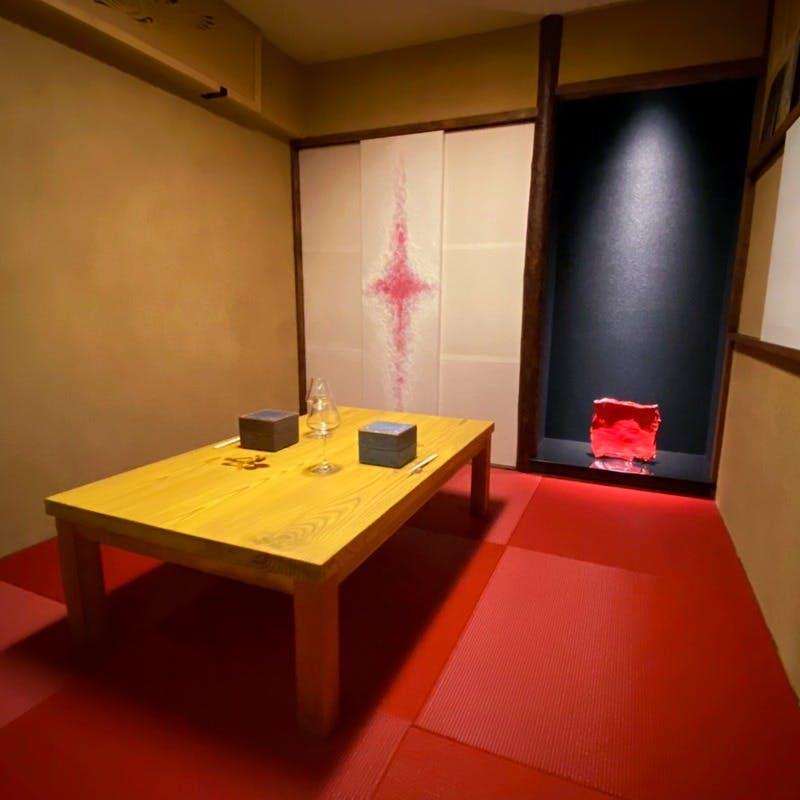 茶室を模した完全個室で優雅なひととき
