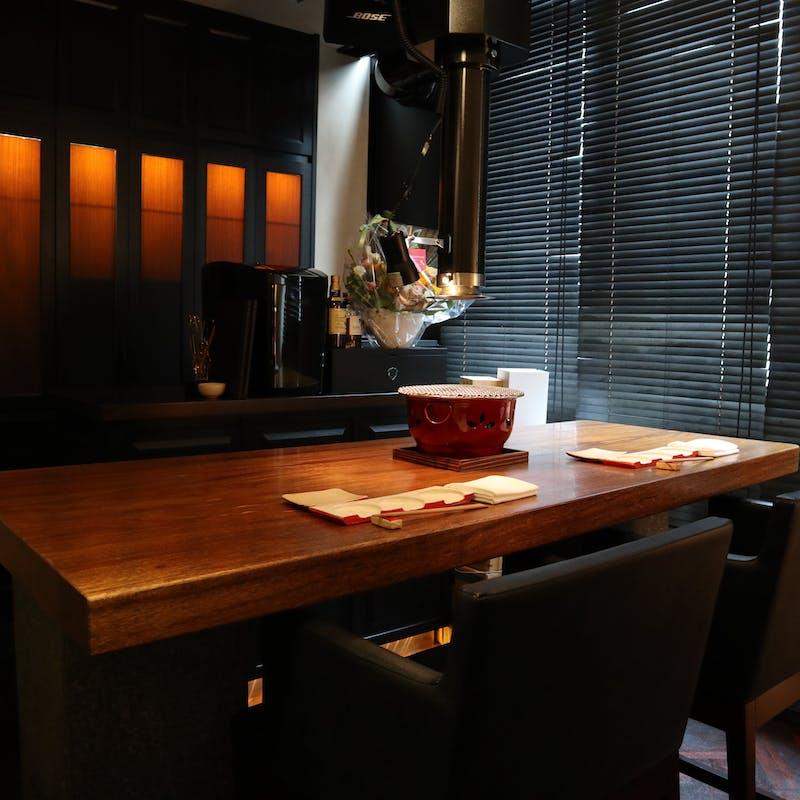 【滋賀県近江牛モツ鍋コース】お口取り、サラダ、近江牛ホルモン、うどん、ラーメンなど