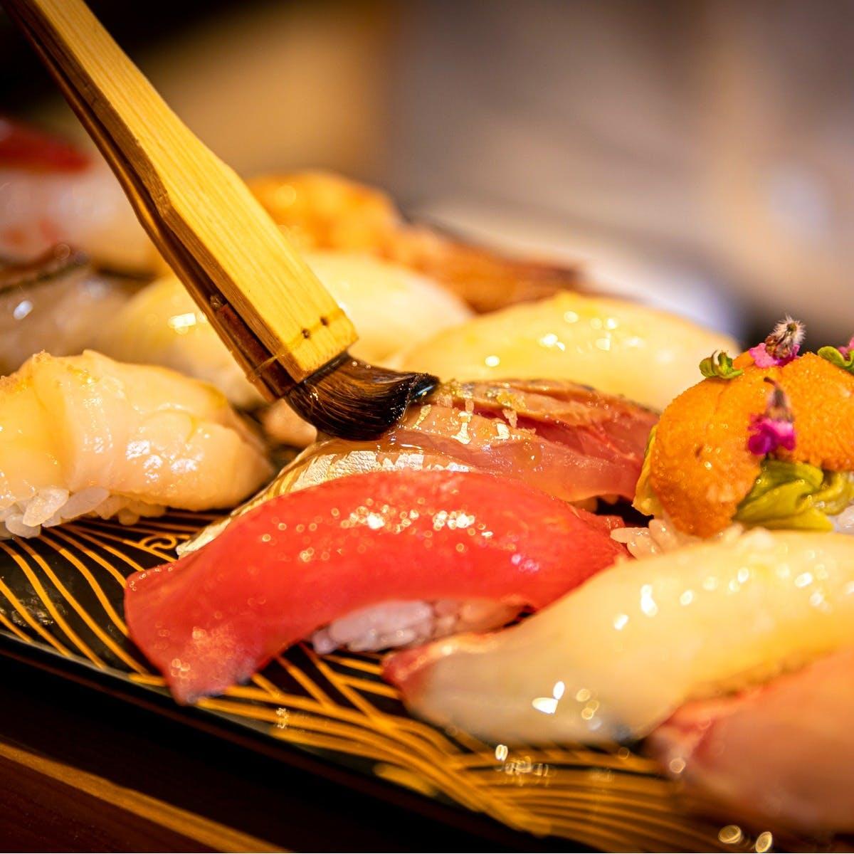 各国のオイルと塩で食べる寿司「オイル寿し」