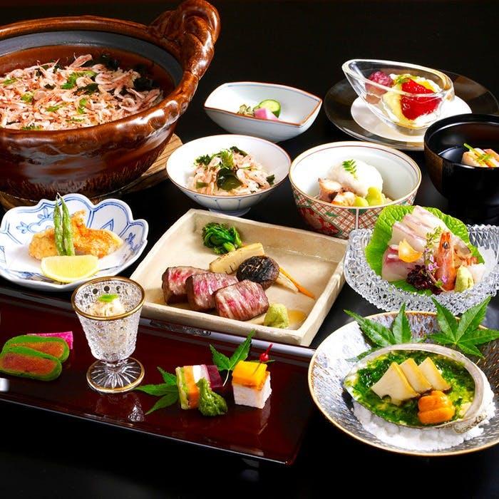 伊豆の海の幸をふんだんに使用した日本料理