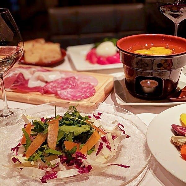 希少なイタリア産生ハムや、トリュフ料理をワインと合わせて