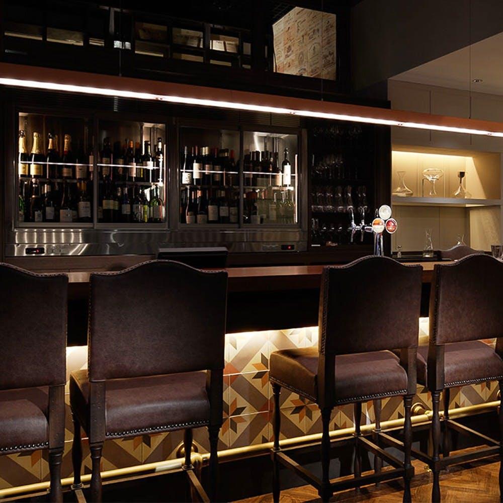 ワインと環地中海料理を楽しむ大人のレストラン