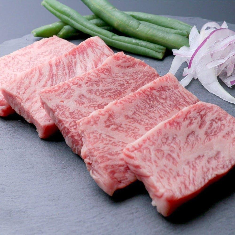 国産黒毛和牛を初め、厳選食材を使用したメニュー