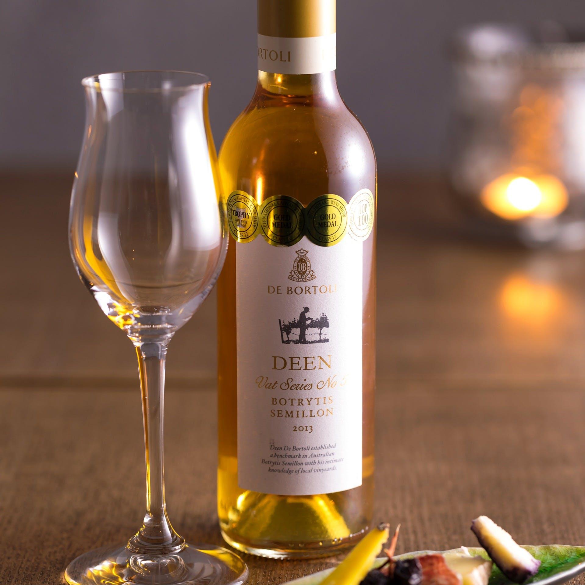 豊富に取りそろえるワイン
