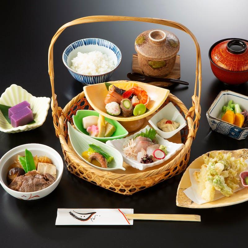 【京風お楽しみ御膳】京風「手かご弁当」
