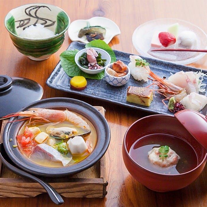 四季折々の京の食材を使った、こだわりの創作料理をリーズナブルにご提供