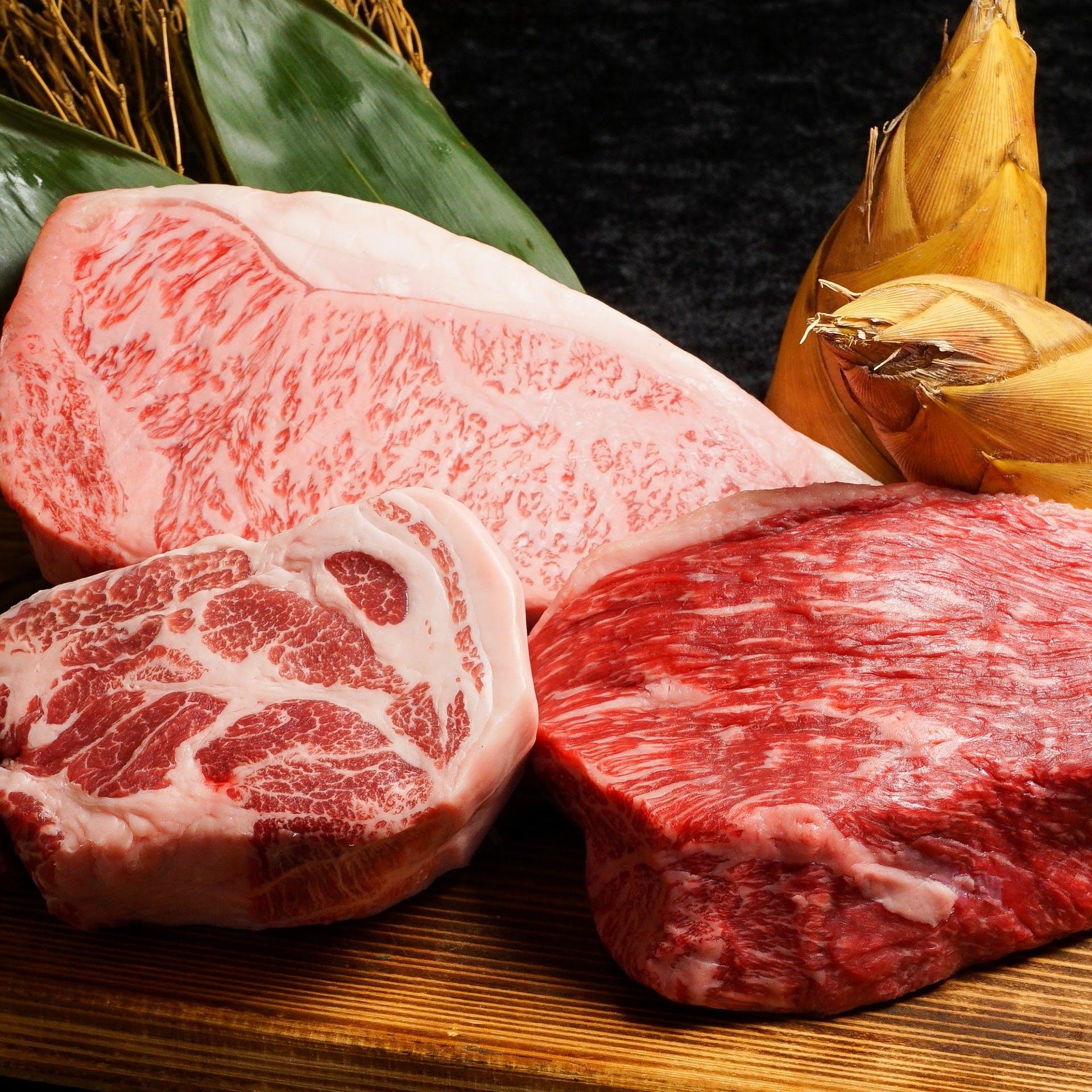 季節の食材と厳選肉を使用した肉割烹