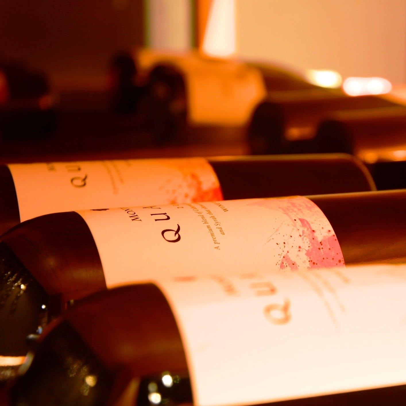 肉料理と相性抜群の厳選ワイン