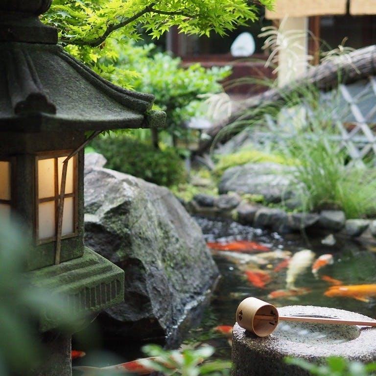 四季のうつろいが映える庭園