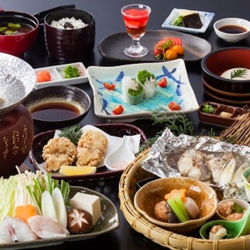 【ふぐ御膳】ふぐのホイル焼き、唐揚げ、小鍋など(全10品・~彩~)