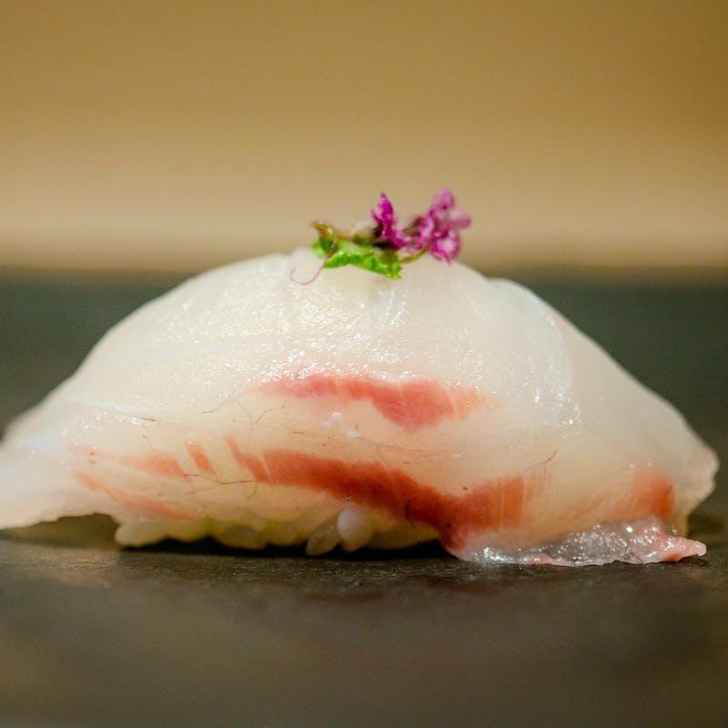 【鎬コース】八寸、焼物、寿司7貫、甘味など全9品