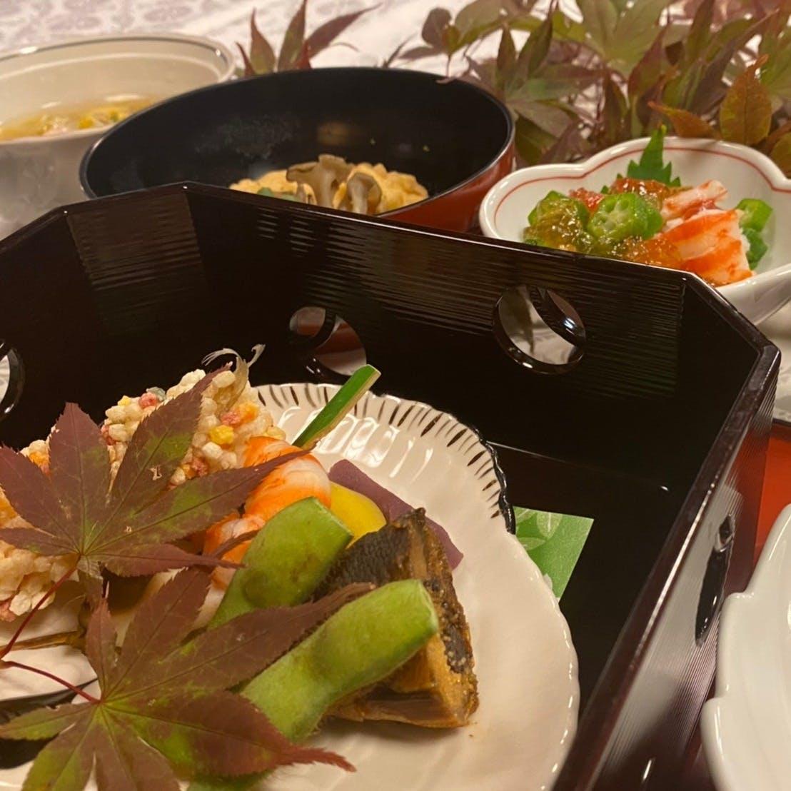 旬の食材にこだわった京料理