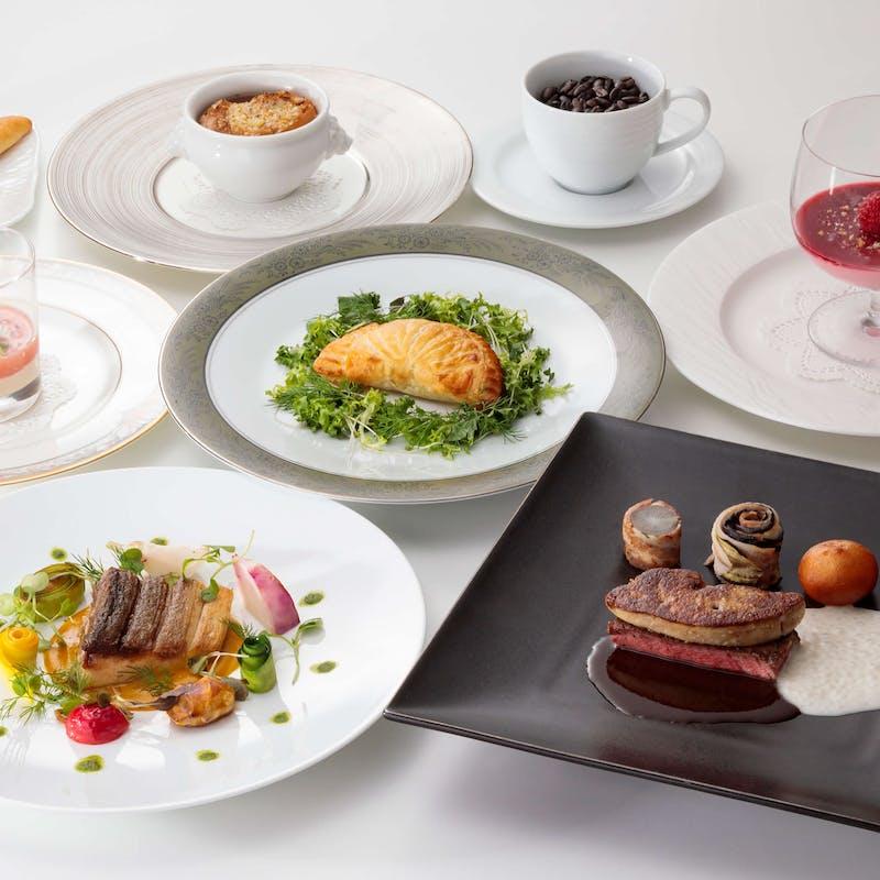 【パン コース~pin cours~】魚も肉料理も愉しめるフルコース全6品
