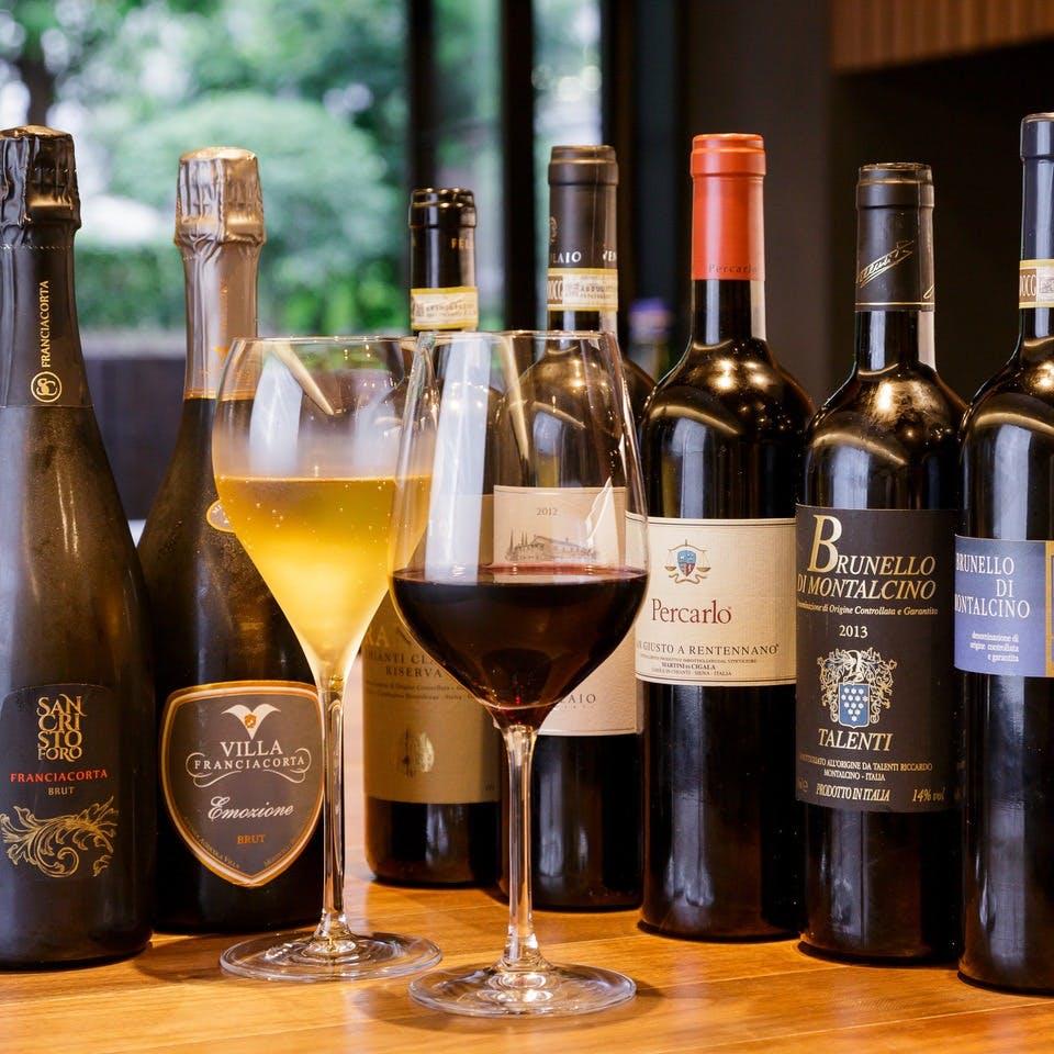80種類と種類豊富なワインを取り揃え