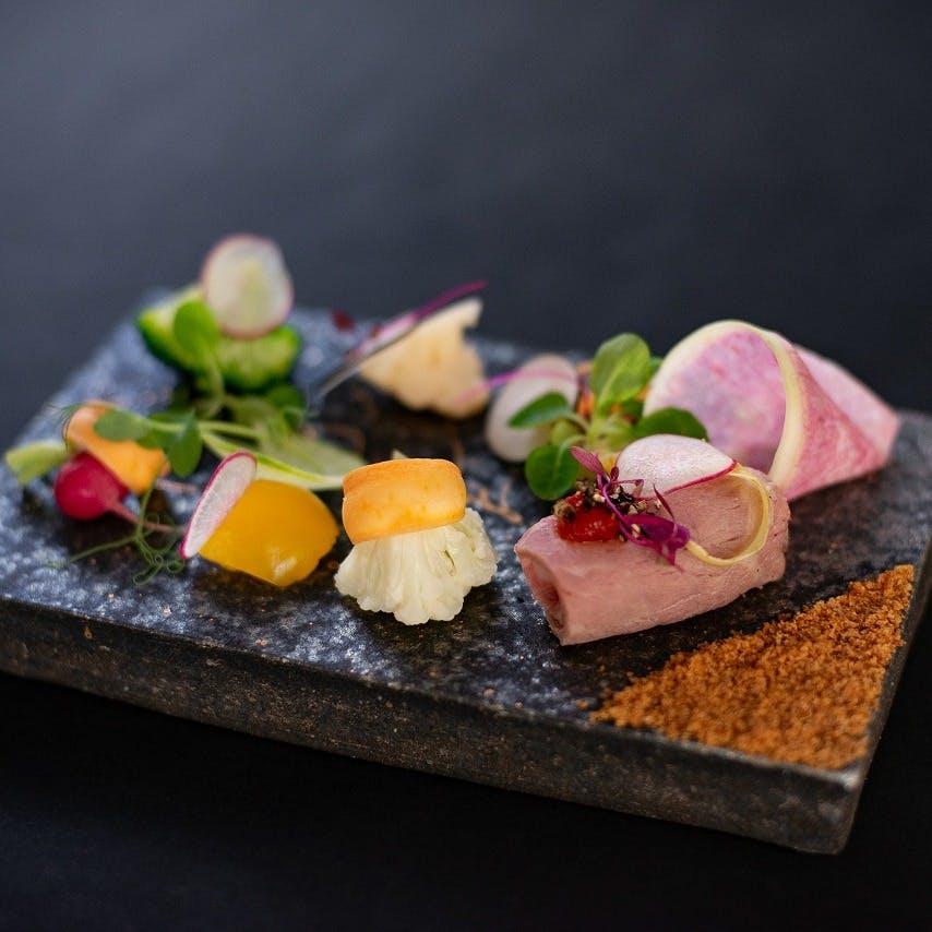 「伊賀の美食食材=知られざる、IGAMONO」を味わい尽くすレストラン
