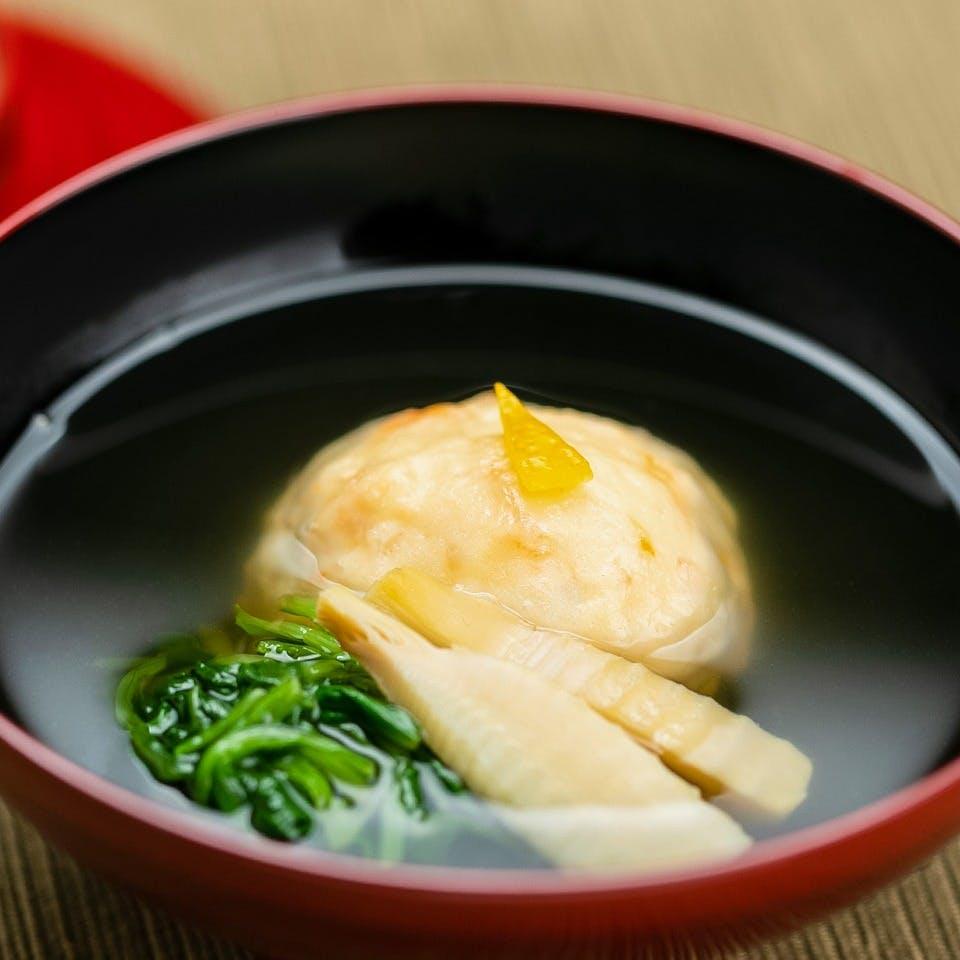 コンセプトは「敷居の高くない日本料理屋」