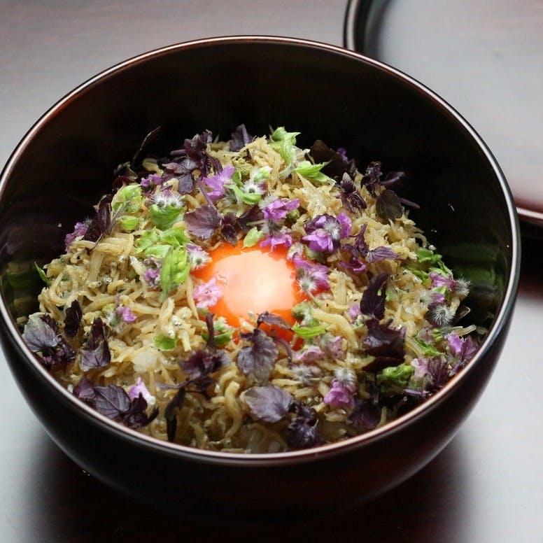 希少米【いのちの壱】を炊きたてで。ひときわ大きな粒と格別な味