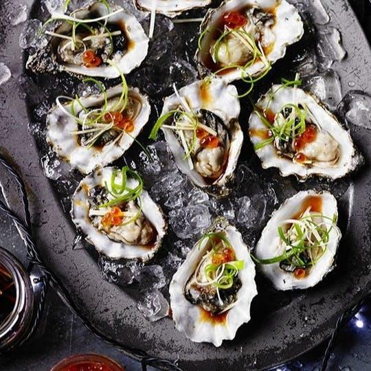 大人のお洒落スタイルで楽しむ牡蠣料理