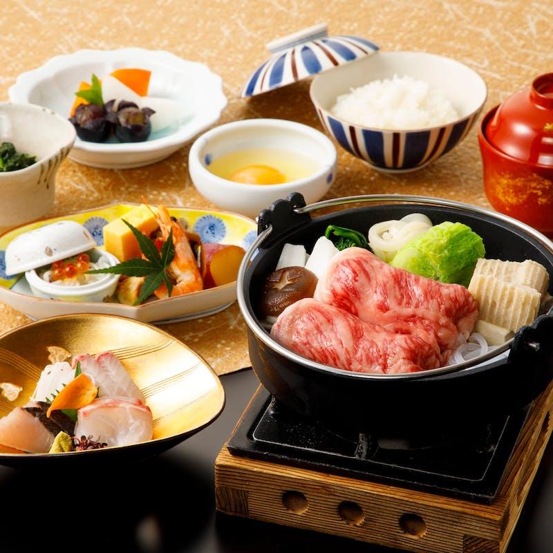 【オリーブ牛すき焼き御膳】小鉢、お造り、オリーブ牛すき焼きなど全7品