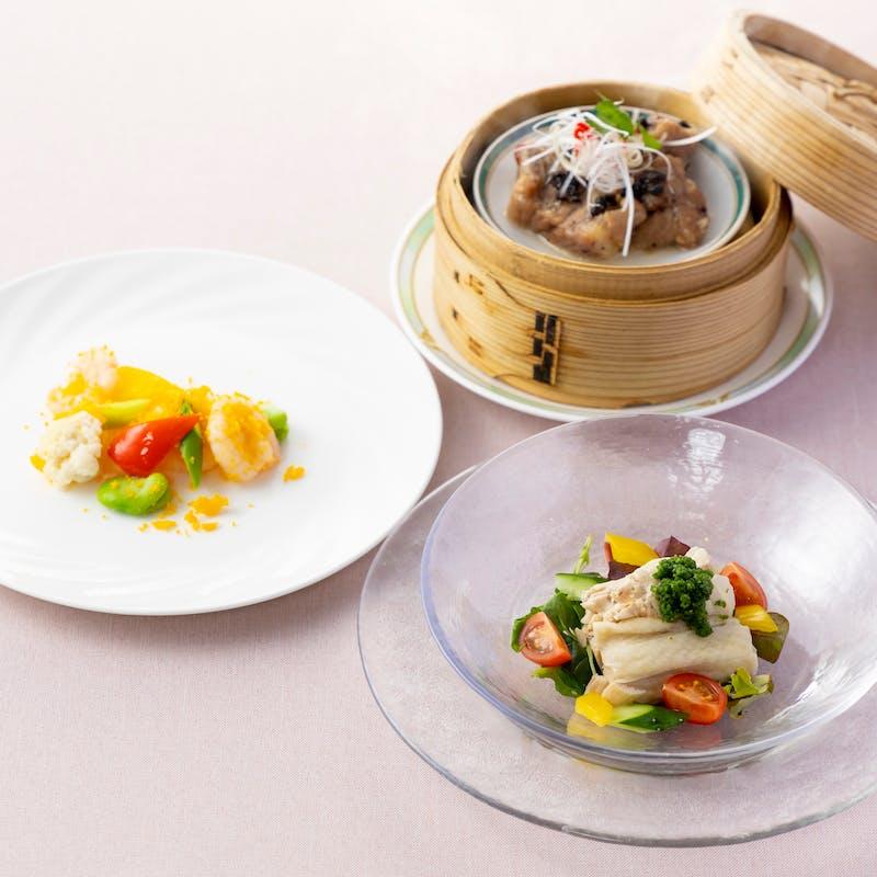 【花水木ランチ】前菜、オリーブ豚蒸し物、海老の炒め、炒飯など全6品+スープを(フカヒレスープ)へ変更