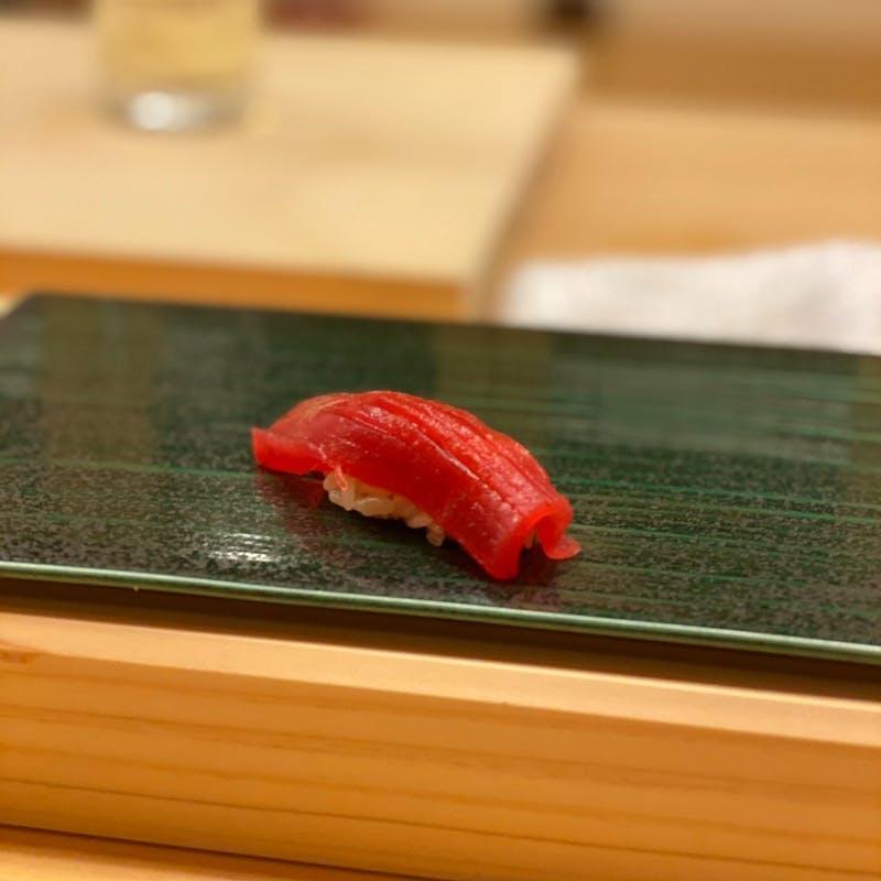 【一休限定コース】お寿司8貫、すき焼き、デザートなど