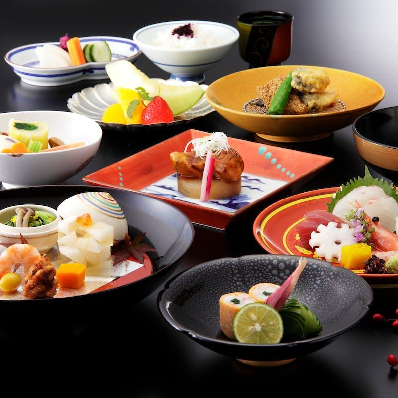 【祇園】前菜、造り四種、煮物替わり、強い肴など全9品(個室確約)
