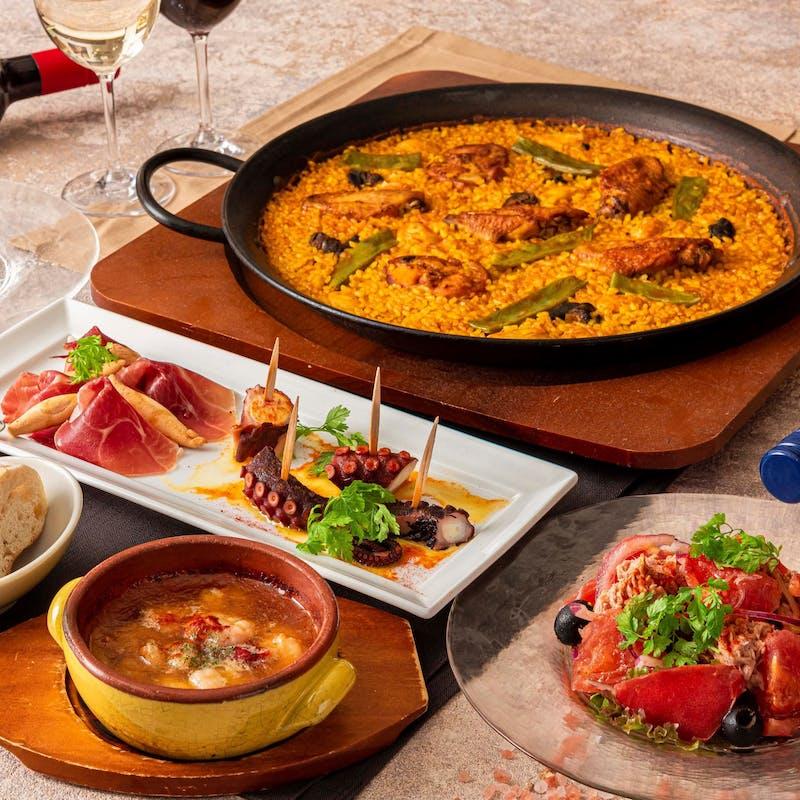 【ディナー ミゲルコース】世界一に輝いたパエリアをメインに、イベリコ豚のステーキや人気タパス等全8品
