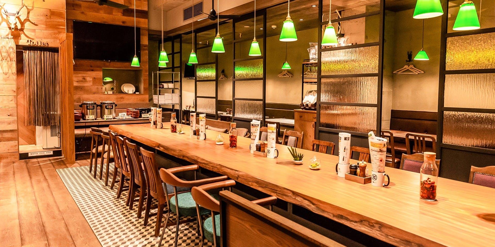 記念日におすすめのレストラン・燻製 鉄板焼 クラフトビール MOKU 新橋店の写真2