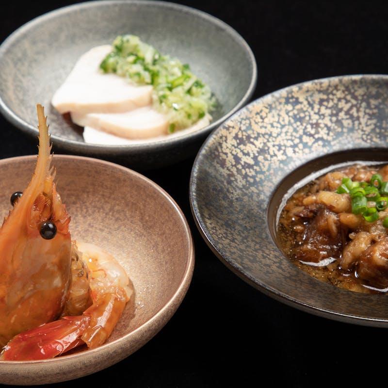 【特選鉄板焼き選べるお肉コース】海鮮逸品料理・串焼二種など 全9品+乾杯スパークリングワイン